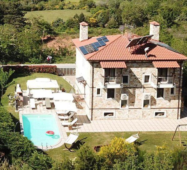 Evmorfes Villas
