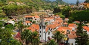 Fly-drive Charmant Madeira